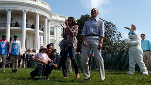 The Obamas and visitors enjoy Easter fun on the White House lawn