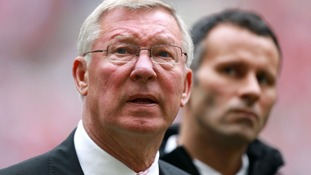 Fergie backs Giggs as manager