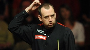 Snooker player Mark Williams fined over Twitter comments