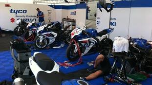 Suzuki mechanics busy at work
