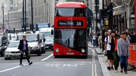 Boris Johnson is urged to let minicabs use bus lanes to avoid Tube strike gridlock