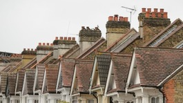 Government concerned by estate agent 'double charges'