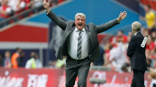 Hull City manager Steve Bruce celebrates after Hull go 2-0 ahead in the FA Cup Final