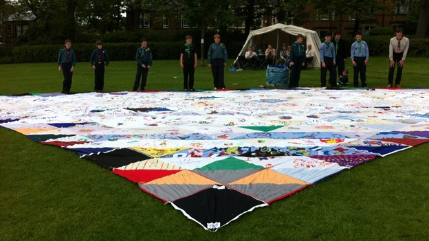 Scouts break world record
