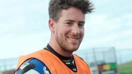 Worcestershire superbike rider Simon Andrews dies