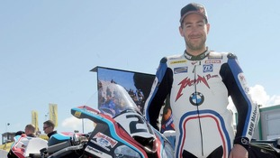 Tributes have been paid to Worcestershire superbike rider Simon Andrews, who died today