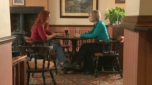 Catherine Jones speaks to a former smoker about using e-cigarettes