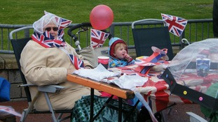 An elderly lady and little girl celebrate the Diamond Jubilee