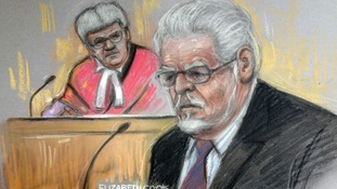 Artist's drawing of Rolf Harris in the witness box at Southwark Crown Court.
