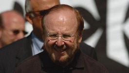 Manchester United owner Malcolm Glazer dies aged 85