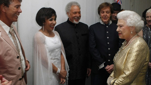 Shirley Bassey Tom Jones Queen