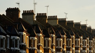 Official figures showed the average UK home is now valued at £260,000.