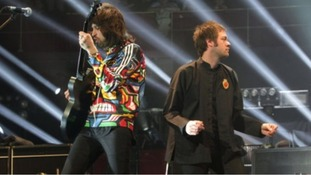 Serge Pizzorno (left) and Tom Meighan performing