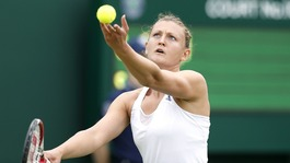 Bath's Samantha Murray knocked out of Wimbledon