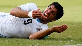 Venezuelan president weighs in on Suarez bite row