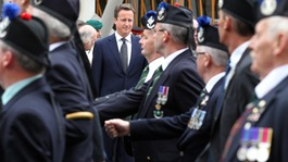 Celebrities and politicians mark Armed Forces Day