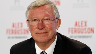Sir Alex Ferguson chatted with Andy Murray before his quarter-final victory last year.