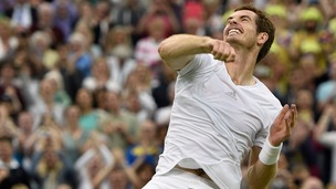 Andy Murray celebrates his win over South African Kevin Anderson today.