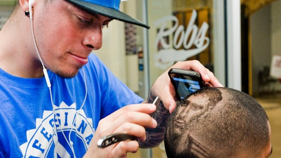 Barber World : Barber offers World Cup themed hair cuts - ITV News