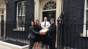 Petition handed in to No 10