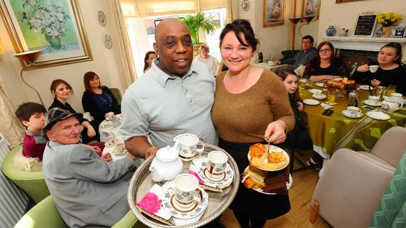 Caerphilly Couple Give New Meaning To Pop In For A Cuppa