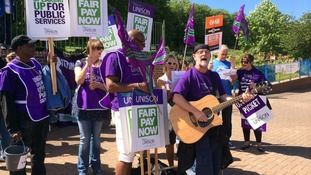 "Unison leads a ""we want more pay"" chant in Nottingham"