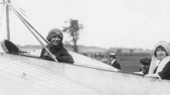 Harriet Quimby in a plane