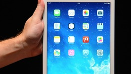 Parents protest at school's iPad plan