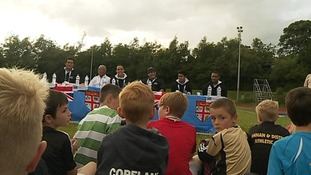 Local children held a press conference with the Fiji team