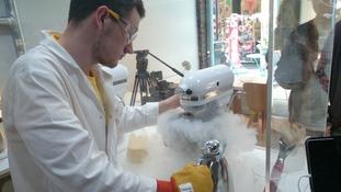 Liquid nitrogen ice cream Cardiff