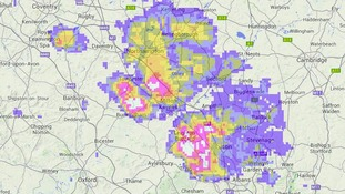 Rainfall radar at 9.15am indicating downpours near Luton and Milton Keynes