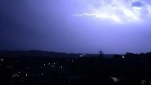 Storm photo over Par