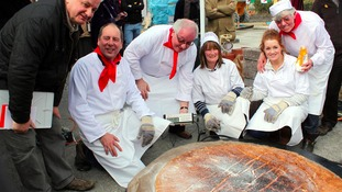 Largest Welsh cake team