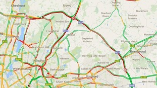 Red lines show congested routs around M25 crash