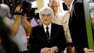 Bernie Ecclestone arrives at the district court in Munich.