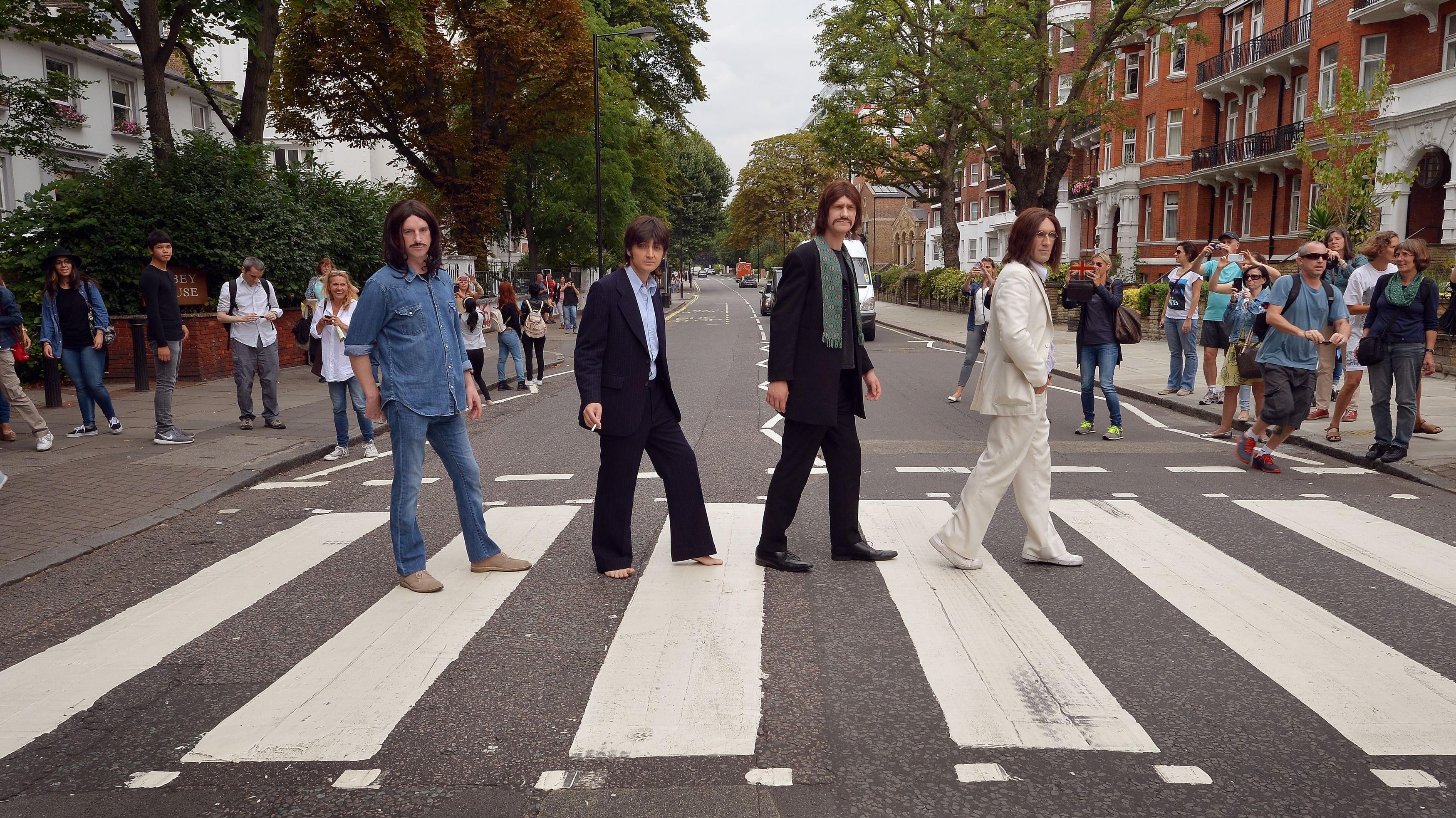 Safety Fears Over Iconic Beatles Abbey Road Crossing