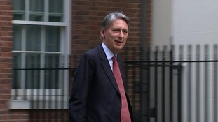 Hammond at Downing St for Cobra meeting over Iraq.