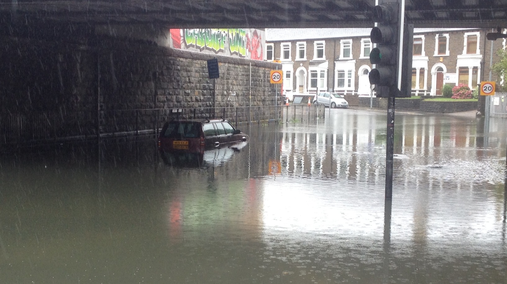 bad weather causes problems for drivers in cardiff