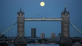 'Supermoon' lights up night sky ahead of meteor shower