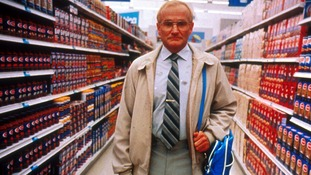 One Hour Photo, film stills starring Robin Williams.