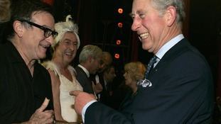 The Prince of Wales meets Robin Williams backstage in 2008