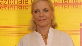 Hollywood leading lady Lauren Bacall dies aged 89
