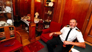 Titanic enthusiast creates replica dining room in shed