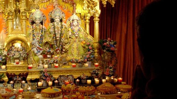 Thousands Celebrate Janmashtami Festival London Itv News
