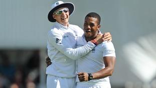Joe Root and Chris Jordan starred in England's comprehensive win.