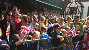 Crowds in Hitchin