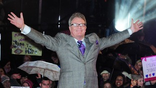 Comedian Jim Davidson winning last year's show.