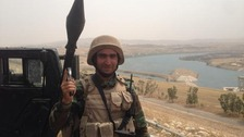 Triumphant Kurdish fighters win back key Iraqi dam