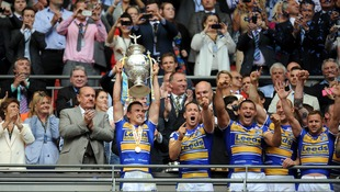 Kevin Sinfield lifts the Tetley's Challenge Cup
