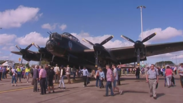 Lancaster_bomber_for_web